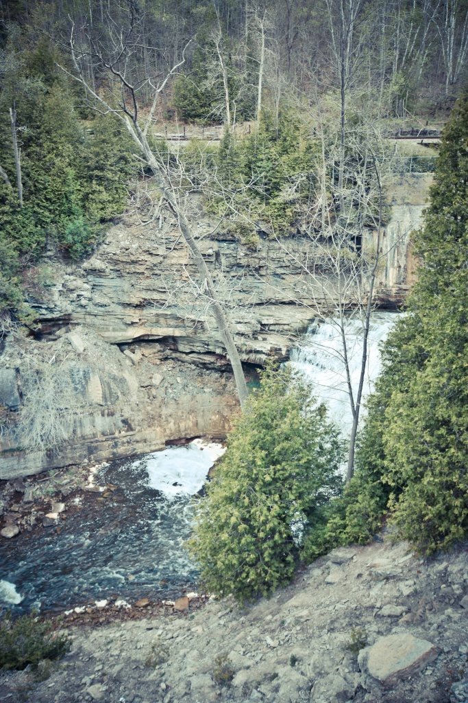 Waterfalls in Ontario, Forks Of the Credit, Forks Of the Credit Provincial Park, Cataract Mill Ruins, Cataract Falls, Hiking Trail Ontario,