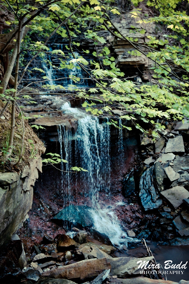 Waterfalls in Hamilton, Lower Cliffview Waterfalls Hamilton, Hamilton Waterfalls, Waterfalls in Hamilton, Ontario Hiking Trails,
