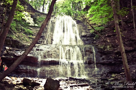 Sherman Falls, Hamilton Ontario, Beautiful Waterfalls in Ontario Things to see in Ontario, Places to visit in Ontario, hiking Trails Ontario,