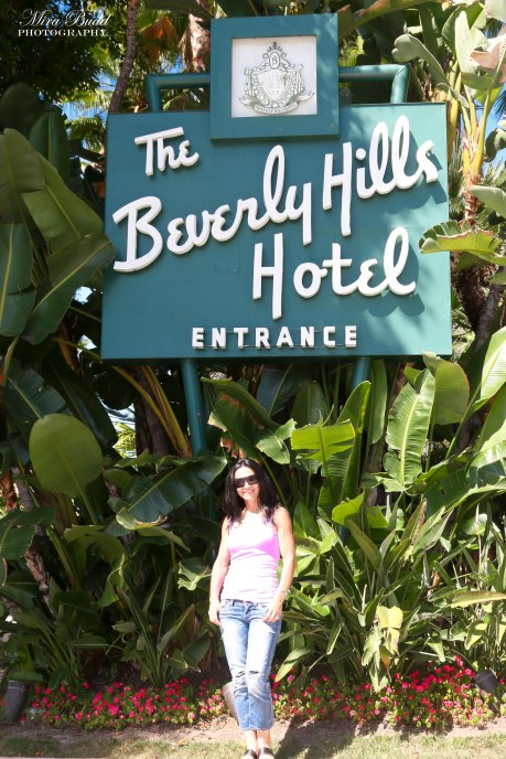 Beverly Hills Hotel , things to See in California, Places to Visit in California, Hotel California by the Eagles Hotel, Beverly Hills Sign,
