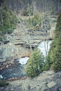 Cataract Falls, Caledon Waterfalls, Waterfalls ontario, things to See in Caledon, Beautiful Places in Ontario, hiking in Caledon, Best Hiking in Ontario,