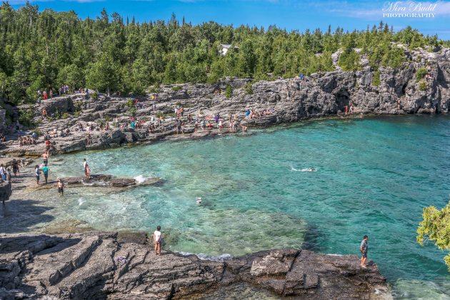 Beautiful Beaches in Ontario, The Bruce Trail, Indian Head Cove Bruce Peninsula, beautiful Places in Ontario, Must see Places in Ontario, Hiking Trails Ontario,