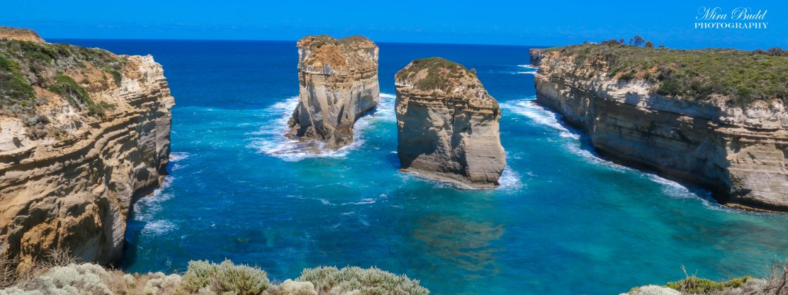 Loch Ard Gorge, Port Campbell National Park, Melbourne Australia, Things to See in Melbourne, Beautiful Places in Australia, Melbourne Attractions, Places to visit in Melbourne, Things to Do in Melbourne, Where to see Kangaroos in Melbourne,