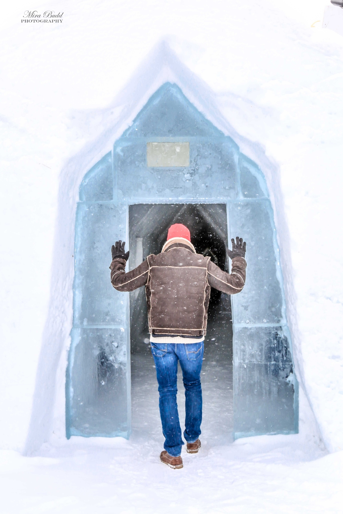 Things to do in winter in Quebec City, Things to See in Quebec City, Places to see in Quebec, Amazing Hotels in Canada, Unique Hotels in The World, Beautiful Places in the World, Ice Sculptures in Quebec, Hôtel de Glace de Québec, Ice Hotel Quebec City,