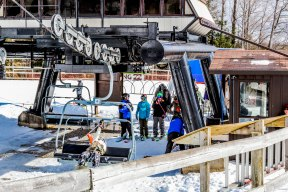 Ontario Skiing, Top Ski Hills in Ontario, Best Skiings in Ontario, Freestyle Skiers, Things to do in Winter in Ontario, Ski Rosorts Ontario, Mount St. Louis Moonstone,