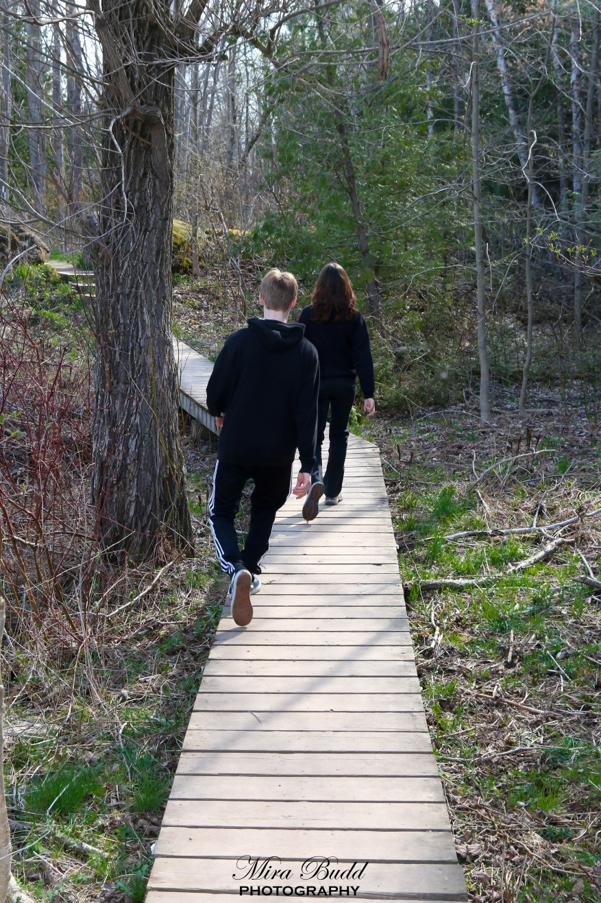 An Amazing Mothers Day Weekend Hike Limehouse Conservation Area - 6 scenic hikes in halton hills