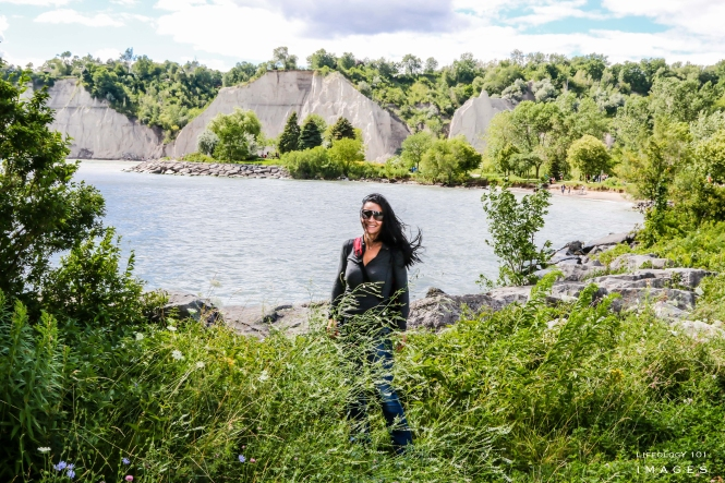 Toronto Hiking Trails, Scarborough Bluffs, Places to visit in Toronto, Places to See in Toronto, Beautiful Places in Toronto,